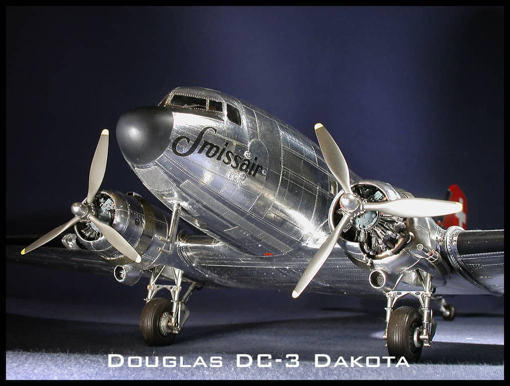 Douglas DC-3 Monogram 1/48